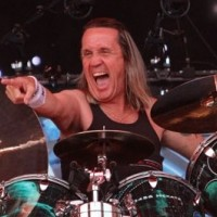 Nicko McBrain - Plays Golf