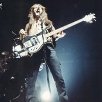 Lead Vocals/Bass